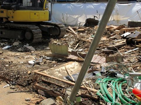税込500万円以上の解体工事を受注するには、解体工事業の建設業許可が必要です。